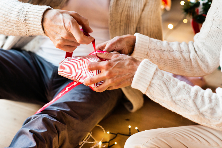 10 Gift Ideas for Your Close Seniors