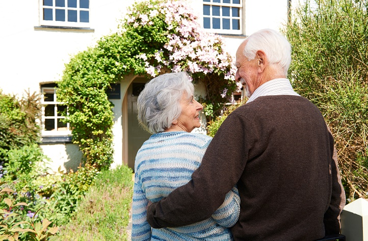 Things to Consider When Looking for a Senior Apartment