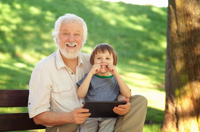 Seniors and Preschoolers in Retirement Homes