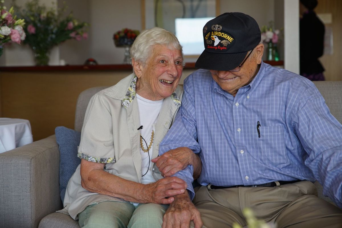 Senior Couple Reuniting After 70 Years Prove That First Love Never Dies