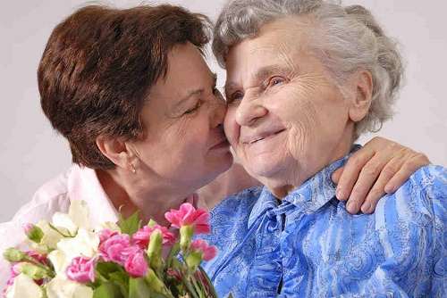 Celebrating Mother's Day with an Aging Parent