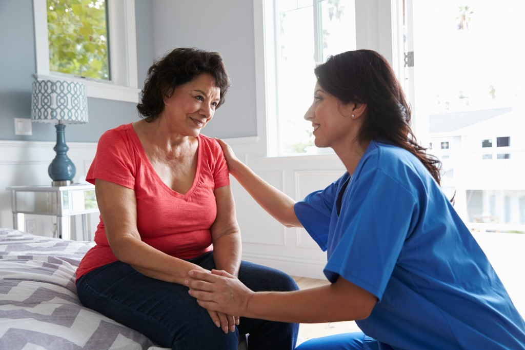 How to Prepare for Senior Living [Moving To Senior Residence Checklist]